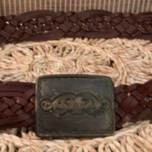 Vtg rustic genuine leather braided brown belt